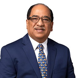 Farooq Bhatty - Senior Commercial Banker - MidCountry Bank